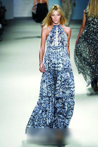 今季流行半透明雪纺长裙最时髦